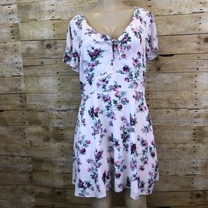 NWT ABERCROMBIE & FITCH | Floral Dress XL